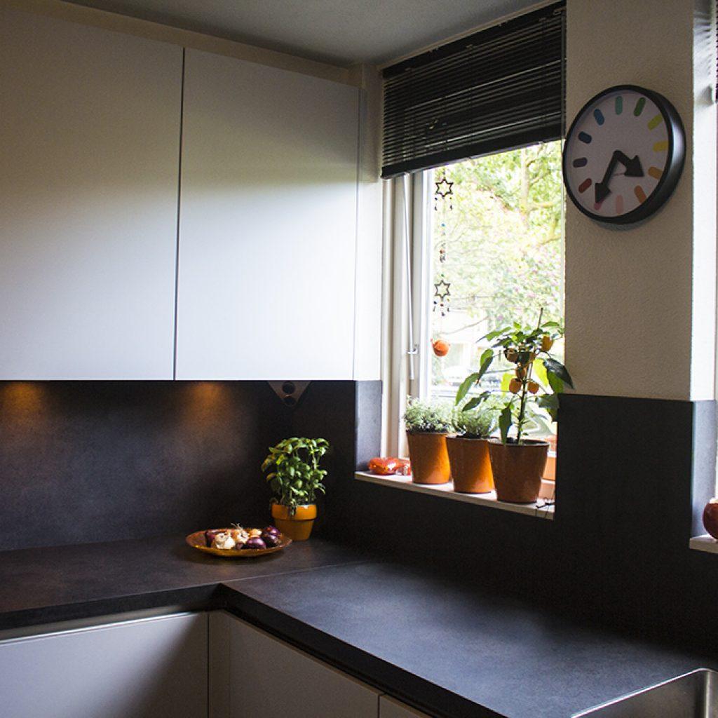 Nieuwe greeploze keuken